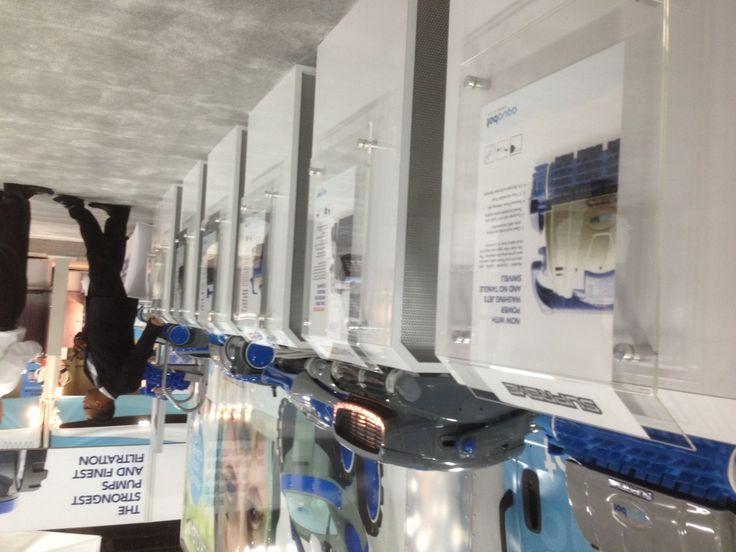 Автоматические очистители бассейна от компании Aqua Products