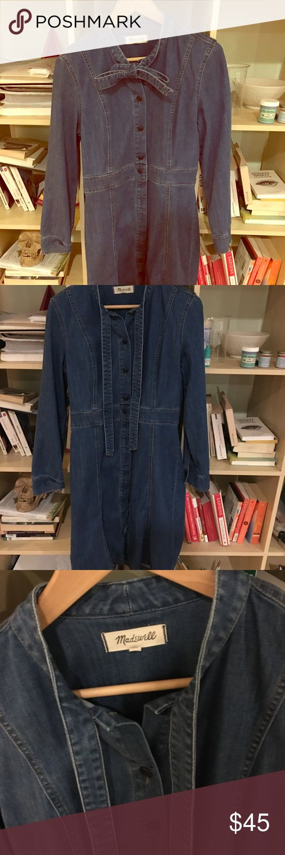 Madewell long sleeved Jean dress Very flattering Madewell Jean dress with Jean bow at the collar. Stretchy Jean fabric. Perfect for hourglass figure. Size 8 but could fit a 10. Open to reasonable offers! Madewell Dresses Midi