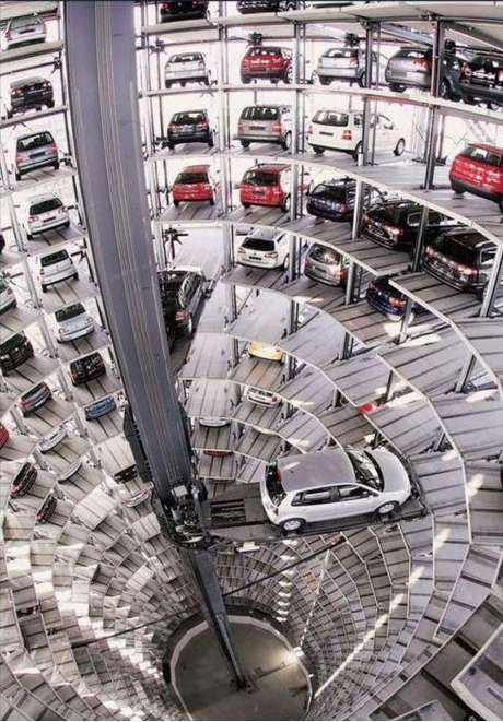 UH parking might need this: Cars Storage, Vending Machine, Towers, Parks Garage, Sci Fi Movies, Germany, German Cars, Factories, Volkswagen