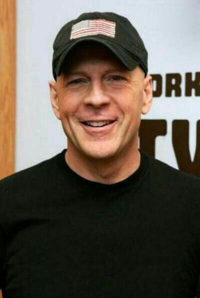 Bruce Willis. Action Superstar ❤