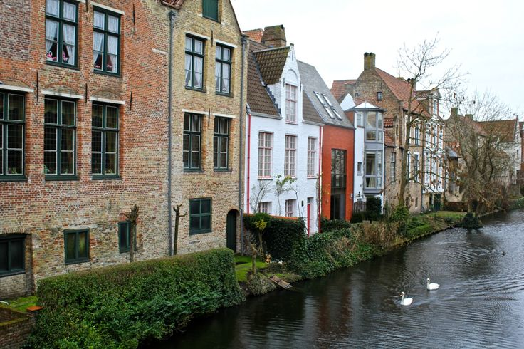 Five things you must do in Bruges, must see and do in Bruges, what not to miss in Bruges, the best of Bruges Brugge Belgium.