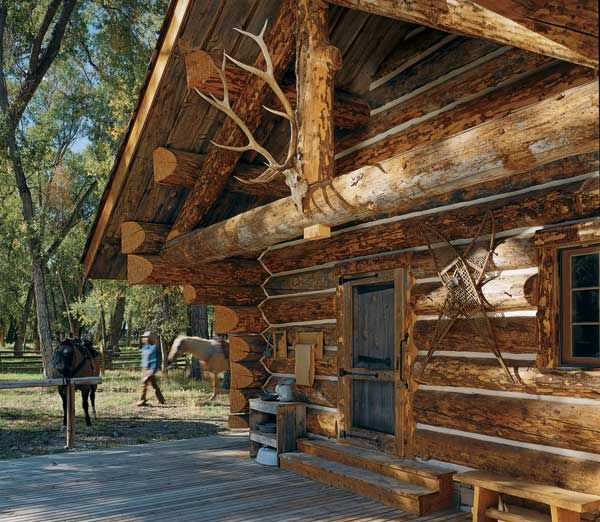 16 best images about log cabins on pinterest for Rustic log home kits