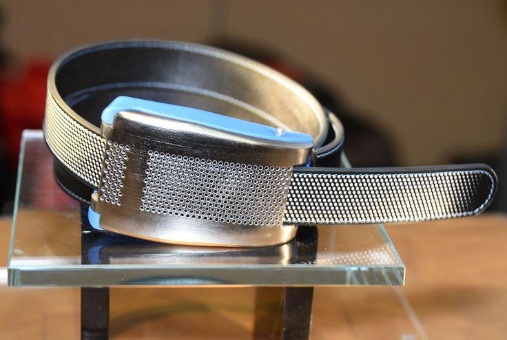 Mode et technologie avait rendez-vous au CES de Las Vegas, où la start-up Emiota a présenté sa drôle de ceinture connectée Belty.