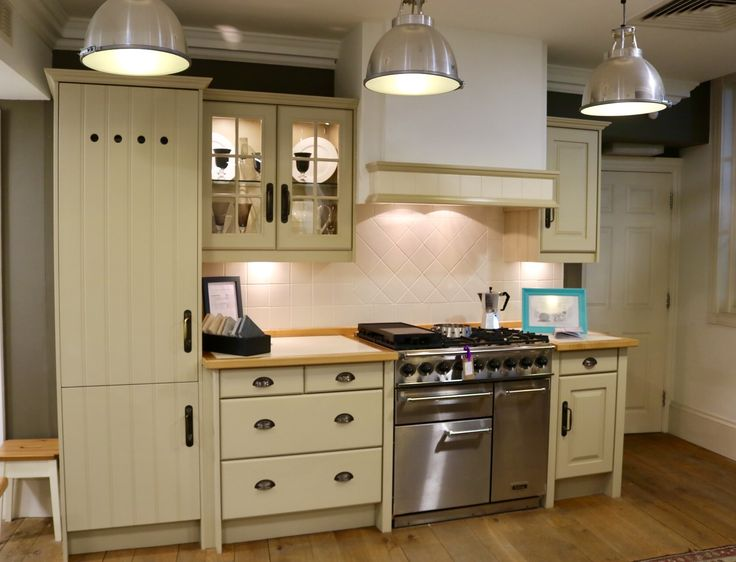 Beautiful Classic Original Artisan Kitchen Cabinetry From John Lewis Of Hungerford,  In A Soft Stone Paint
