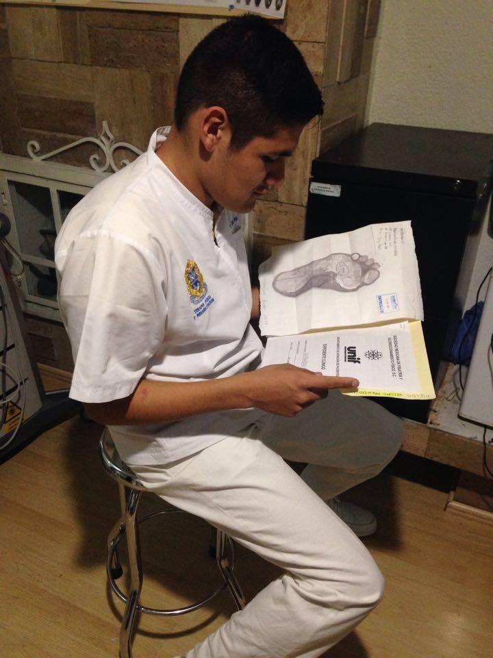 Terapia Fisica - Educación Profesional Teórica y Práctica a través de resolución de casos clínicos. Aprende atendiendo pacientes reales, conociendo y aplicando los equipos electrónicos más avanzados en el área de la Terapia Física y Rehabilitación.