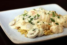 How to Make Classic Shrimp Newburg: Shrimp Newburg With Mushrooms