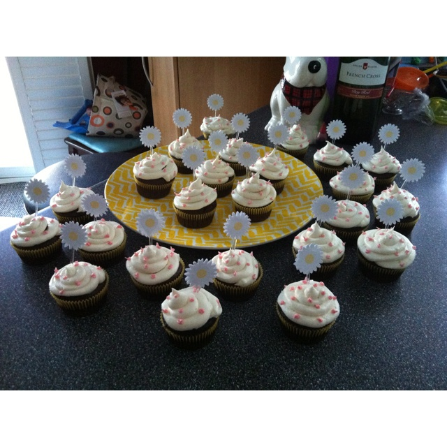 Chocolate cupcakes with a vanilla toffee buttercream frosting!