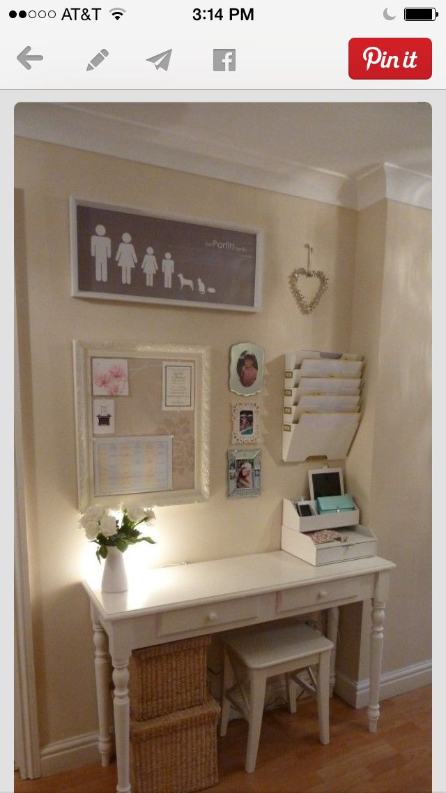 Love this small office niche perfect arrangement for my for Office arrangements small offices