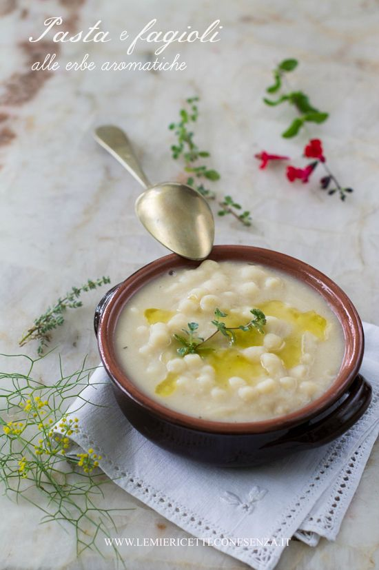 Pasta e fagioli cannellini alle erbe aromatiche,pasta e fagioli con fagioli freschi e pasta e fagioli con fagioli secchi