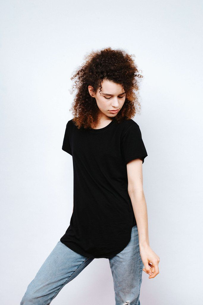 THE perfect black tee. Free Label's Johnny Tee Lite is a go-to for Fall wardrobes. Made ethically in Toronto, Canada with super soft organic cotton and bamboo.