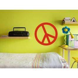 Friedenszeichen/Peace Zeichen/Peace Sign Das Friedenszeichen ist ein universelles Symbol, welches den Wunsch nach Frieden und Völkerverständigung symbolisiert.    Bekannt wurde es vor allem durch die Bürgerrechtsbewegung, als es von Martin Luther Kings Mitarbeitern verbreitet wurde. Später wurde es auch als Symbol des Widerstandes gegen den Vietnamkrieg, der 68er-Bewegung,  oder von Atomwaffengegnern benutz.   Auch in anderen Größen oder als Autoaufkleber erhältlich. Fragen Sie uns einfach!