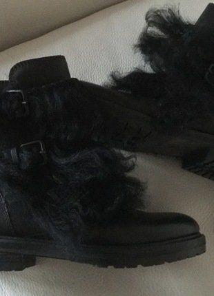 Kaufe meinen Artikel bei #Kleiderkreisel http://www.kleiderkreisel.de/damenschuhe/stiefel/138944193-neu-np-430eu-super-coole-stylische-boots-von-kennelschmenger-schwarz-gr-4-12