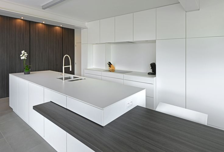 25 beste idee n over modern kookeiland op pinterest moderne keukens modern keukenontwerp en - Onderwerp deco design keuken ...