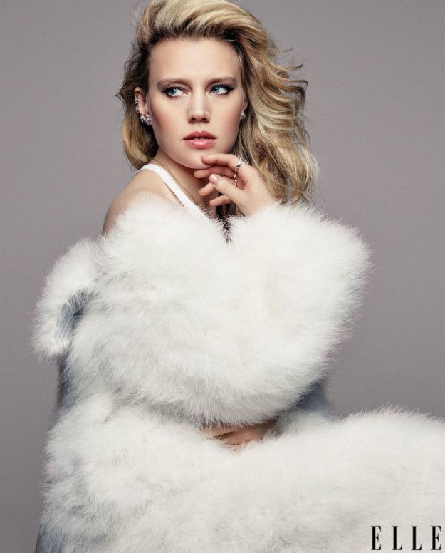 Kate McKinnon looks unbelievable: | The New Ghostbusters Look Hot AF In Elle Magazine
