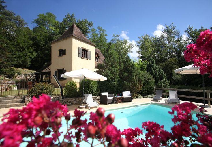 Abritel Location SARLAT, Périgord noir Gite charme Piscine location gîte dans le Périgord Noir Maison campagne jardin ,3 chambres 2 salles de bain Piscine, SPA sauna privés.