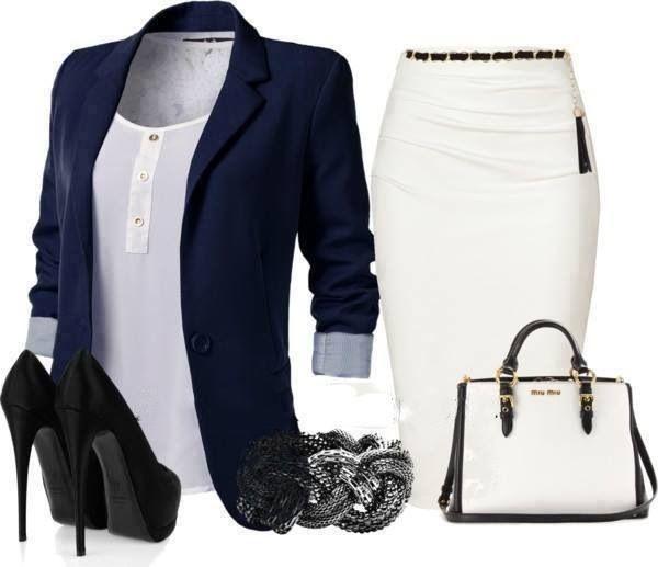 Chaqueta azul, falda blanca.