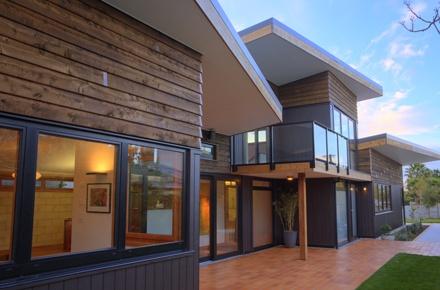 ebode Westmere House - Cedar barge boards
