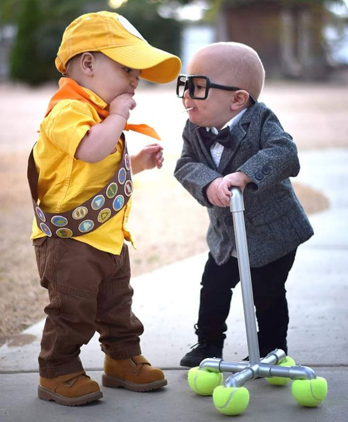 Best Twin Costumes Ideas On Pinterest Friend Costumes Bff - 20 of the funniest costumes twin kids can wear at halloween