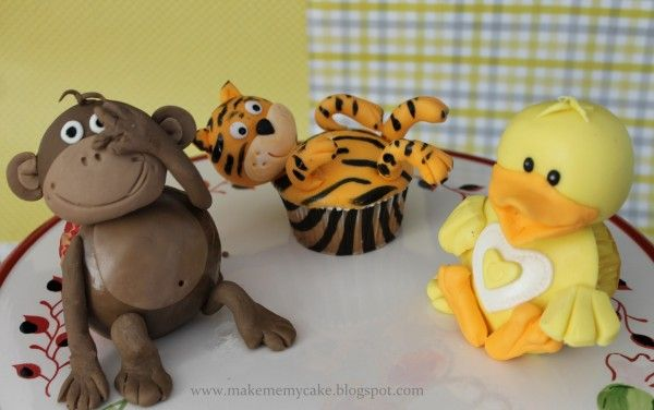 Perfect Duck Cupcake for #Easter.  3D Animal Cupcakes    #AnimalCupCakes #EasterCupCakes