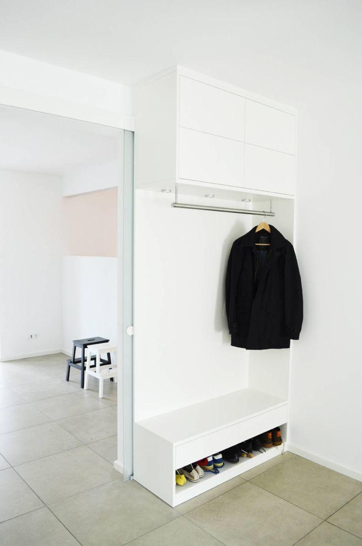 Umgestaltung Wohnraum : Moderner Flur, Diele & Treppenhaus von honey and spice