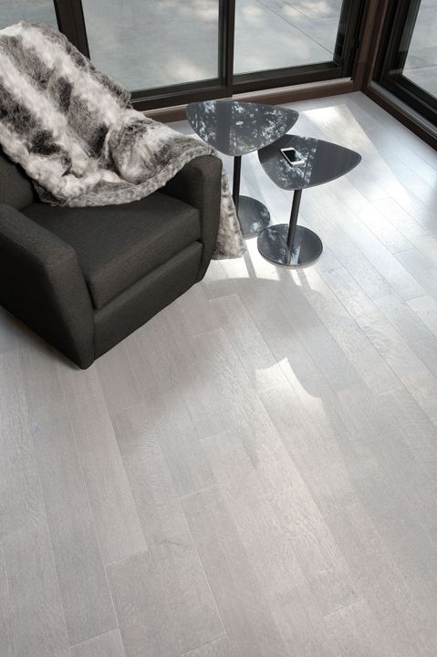 Mirage Floors, the world's finest and best hardwood floors. www.miragefloors.com #Mirage #Hardwood #Floor #White #Oak #Hopscotch #Dining #Room