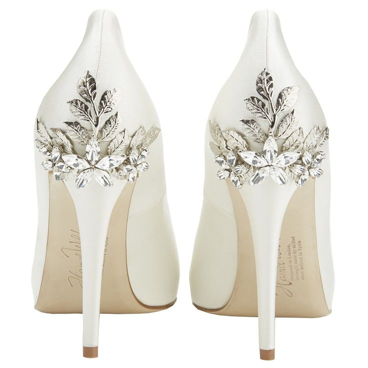 Best 25 wedding accessories ideas on pinterest bridal harriet wilde marina daisy wedding shoes crystal bridal accessories nilah and company junglespirit Image collections