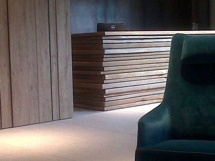 In anteprima un dettaglio della hall del nuovo 5 stelle Grand Hotel Mont Blanc Courmayeur per cui abbiamo curato la progettazione architettonica degli interni, arredi e decori. L'hotel apre il prossimo 19 dicembre 2014 www.studiosimonetti.it  www.facebook.com/studiosimonetti