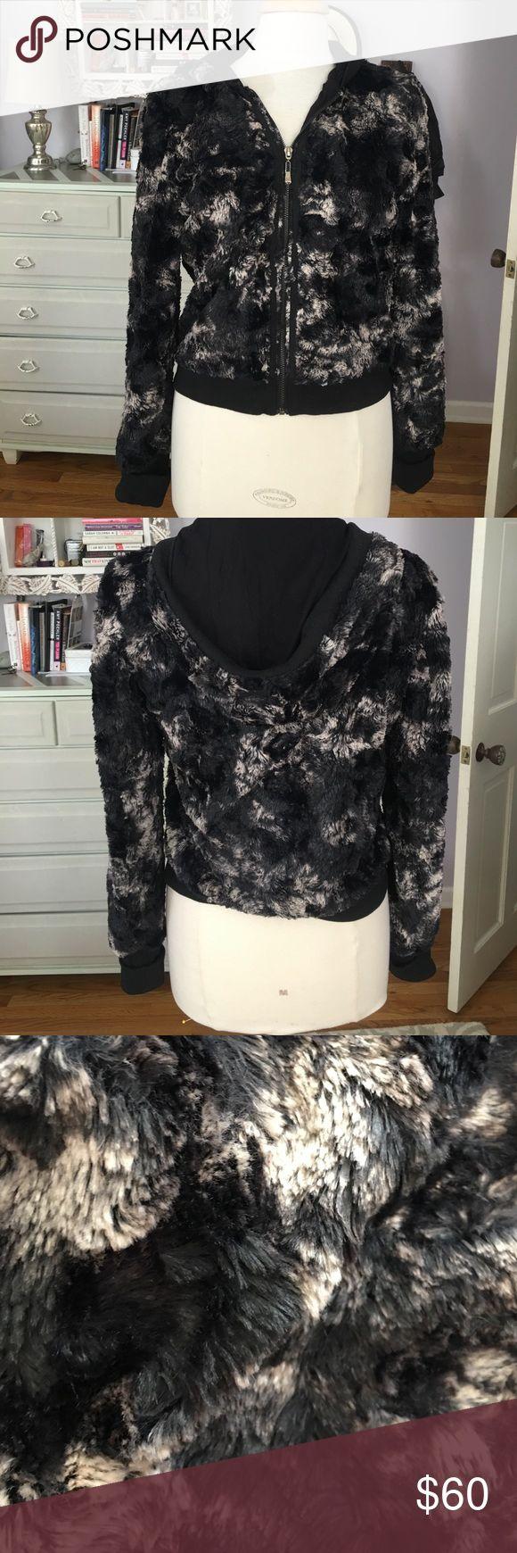 Alberto Makali faux fur hoodie Faux fur hoodie. Black and grey. Great with skinny jeans or joggers. So cozy and warm. Alberto Makali Tops Sweatshirts & Hoodies