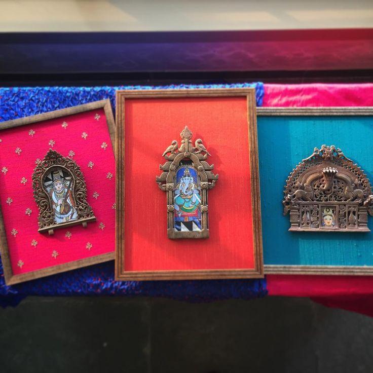 Small frames big burst of color . #tanjore #inspired #vintage #reimagined #prabhavali #photoplus #photoplusbychandandubey