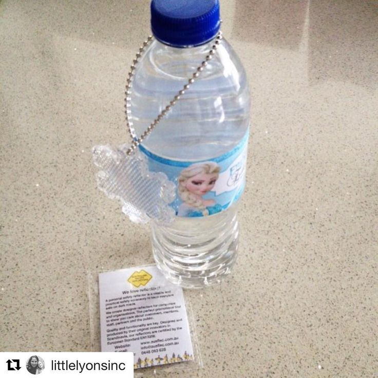 Happy Friday everyone :) Thanks again to our lovely friends @littlelyonsinc who ordered our snowflake reflectors for Miss Edie's Frozen birthday party. Reflectors make great little party favors while keeping little peeps safe on our streets.   #frozen #birthday #party #cute #favors #roadsafety #safetyreflectors #personalsafetyreflectors #onlineshopping #fbf #flashbackfriday