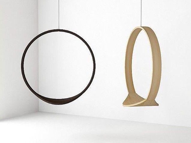 Cirkelgynge designet af Iwona Kosicka. Via http://furnitureandinteriordesignatadamsmith.blogspot.dk