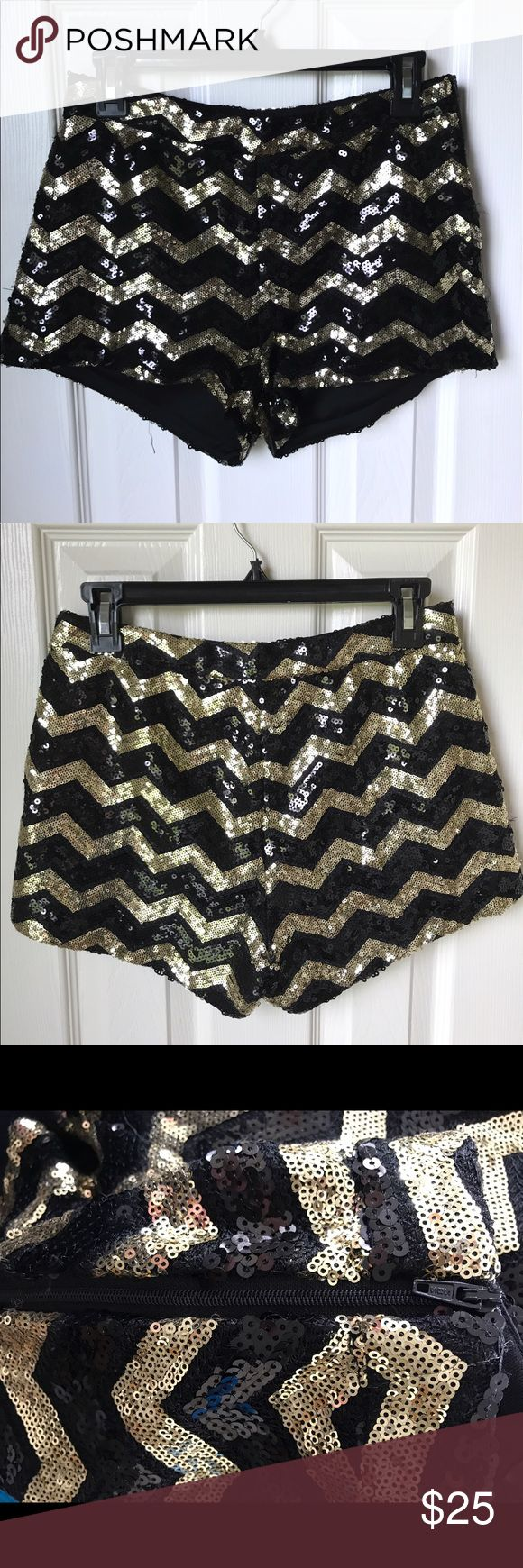 """Forever 21 Black & Gold Sequin Shorts You guys, these are to die for! I wore them out in Miami and received so many compliments. Covered in sequins, perfect condition, 2"""" inseam. Would fit a size 2-4. Forever 21 Shorts"""