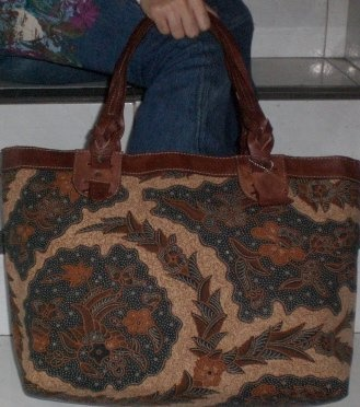 Another lovely batik bag