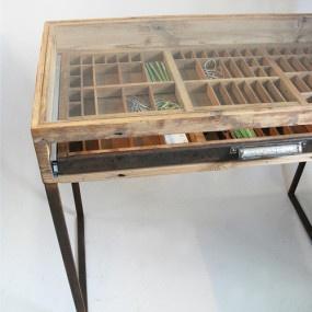 Printers Tray Dressing Table