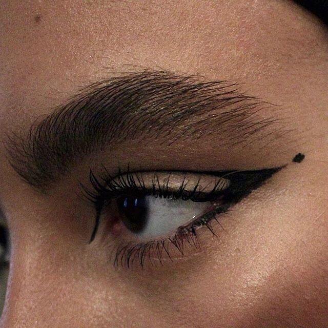 """⚡️ MOTELROCKS.COM on Instagram: """"EYE SPY ✖️✖️✖️ #makeup #inspo from @sarah.feingold // #motelrocksLOVES"""""""