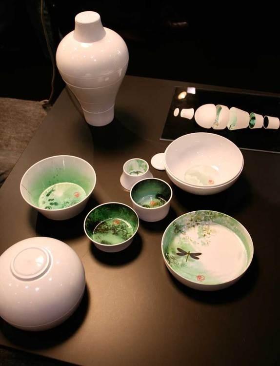 """Ming"" blanc - service de table empilable - Designer : Rachel Convers & Benoît Convers - Marque: Ibride -- tableware"