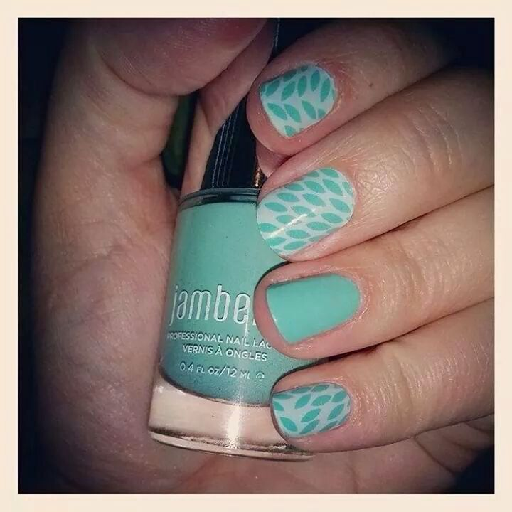 Lotus Jamberry Nail Wraps with Hint of Mint Jamberry Lacquer!! Get yours today at http://dtexjamminfun.jamberrynails.net/
