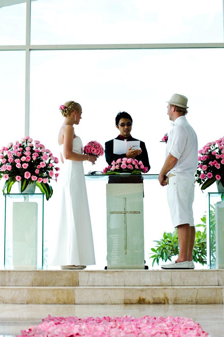 Wedding ceremony Aleksnder & Evgeniia in Bali with Romantic Bali Wedding