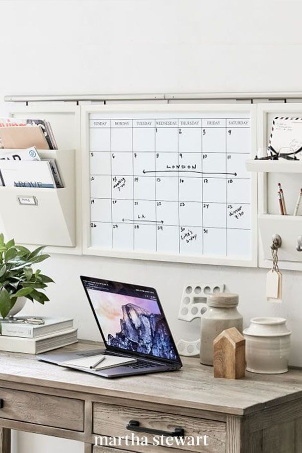 19 Office Organizing Ideas To Tidy Up Your Space Home Office Organization Daily Organization Office Wall Organization