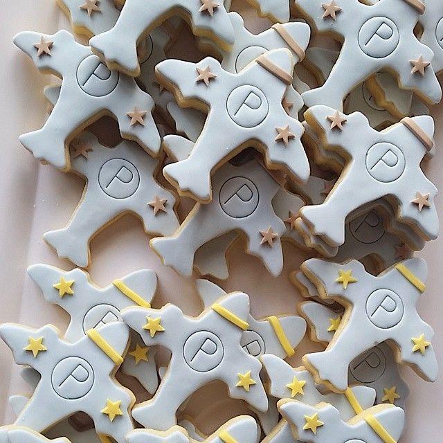 airplane cookies | fondant | stars