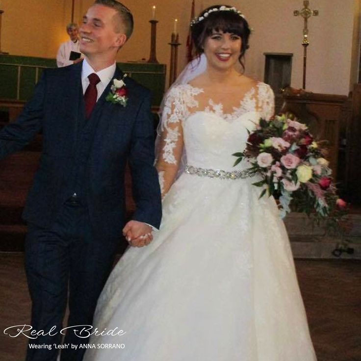 A Stunning Photo Of Real Bride Jenny In Leah By Anna Sorrano Please Share