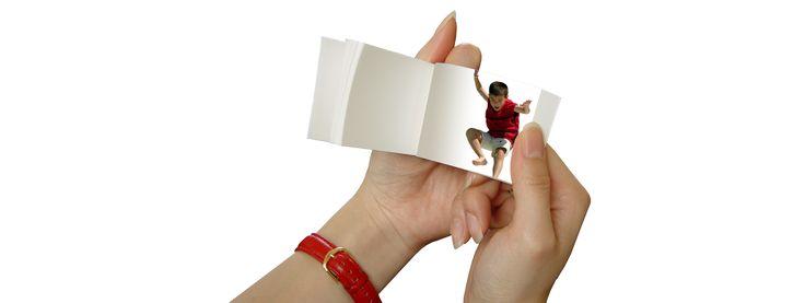 FlipClips Make a classic flip book from a vid o clip