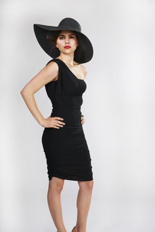 LBD for any day by LABEL Femme