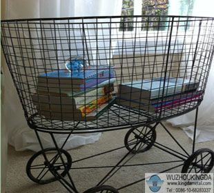 wire-laundry-basket-on-wheels
