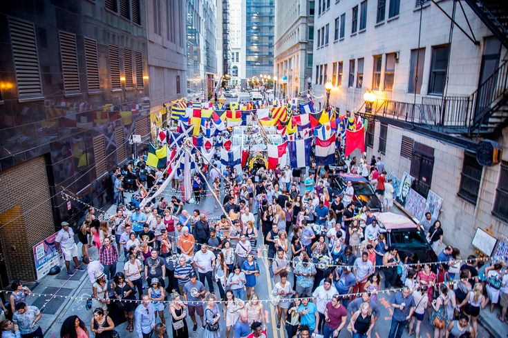 Summer in Chicago is the time for many things, including music festivals, Rainbow Cones and parties thrown in downtown alleys. The Chicago Loop Alliance is brin
