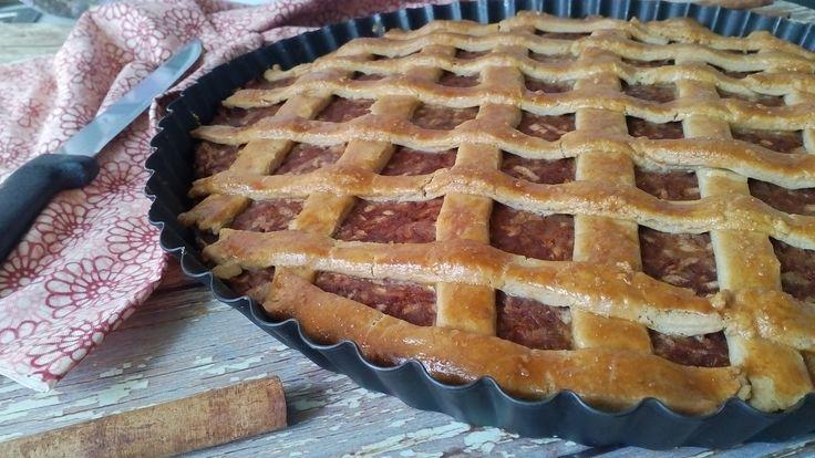 Diétás almás pite recept. Diétás almás süti recept cukor és fehér liszt nélkül. Almás pite zabpehelylisztből fogyókúrázóknak, IR diétázóknak, cukrosoknak! >