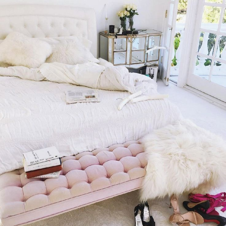 Soft Pink Tufted End of Bed Bench Blush Pink Bench #bedroom #benches #homedecor #bedroomdecor
