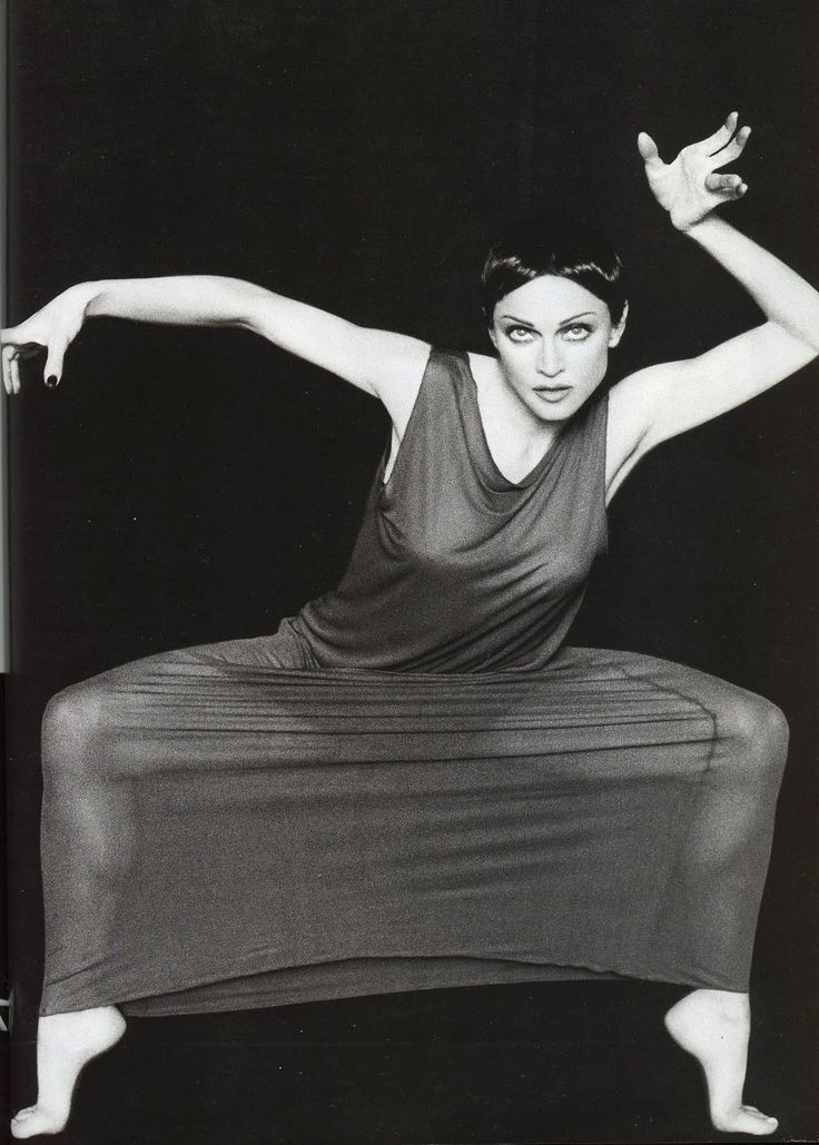 Madonna cosplaying Martha Graham, Harpers Bazaar, May 1994
