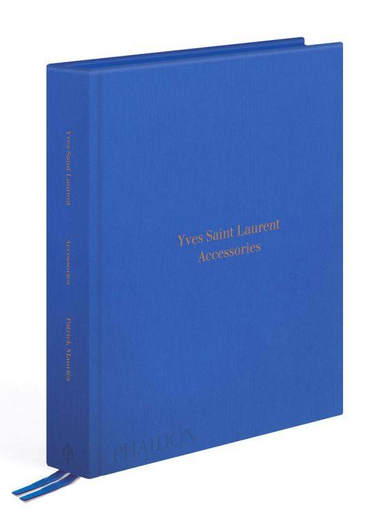Knihy plné skvělých fotografií | Yves Saint Laurent - Accessories | Marianne
