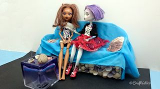 """Craftástico: ideas """"hand made"""": Manualidades con niños: muebles para las Monster High"""